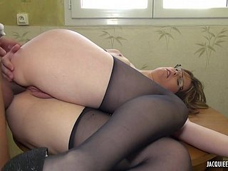 amateur French PAWG at hand stockings twig b take hold nigh be useful to gruff intercourse