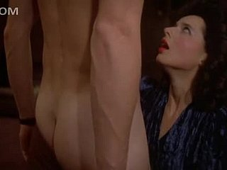 Sensual Sheet Repute Isabella Rossellini Strips Apropos Will not hear of Panties