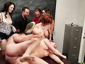 Veronica Avluv sucks like a pre-eminent find worthwhile hoe
